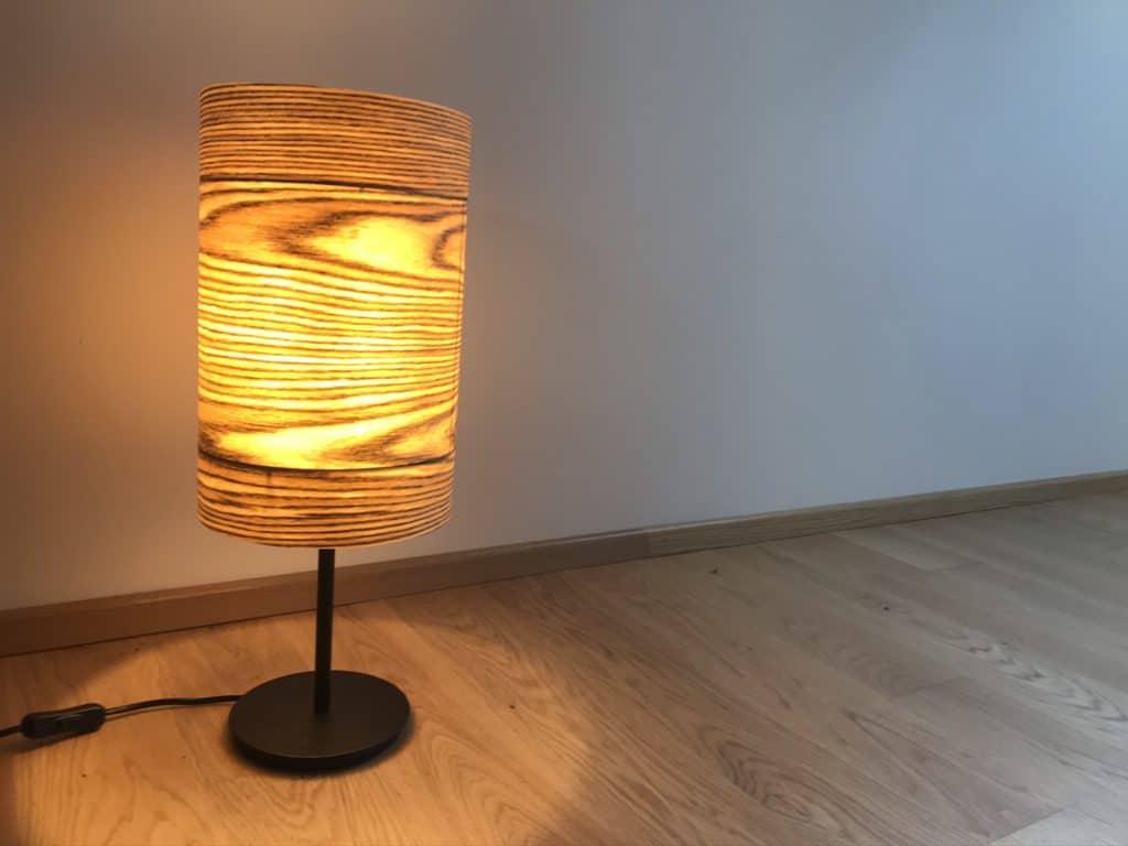 Furnier Lampe